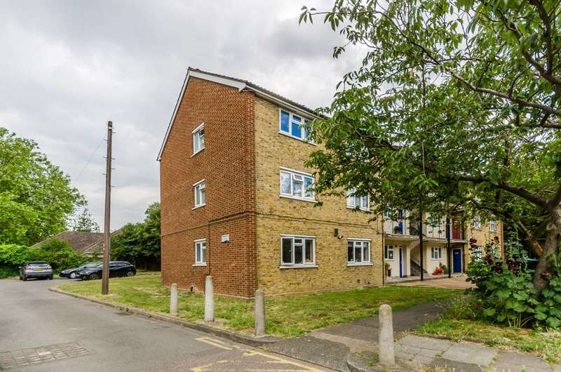 2 Bedroom Flat For Sale In Rathmell Drive, Clapham, SW4