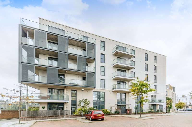 1 Bedroom Flat For Sale In Dairy Close, London, SW6