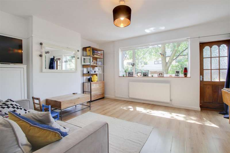 2 Bedroom Flat For Sale In Dacre Park, London, SE13