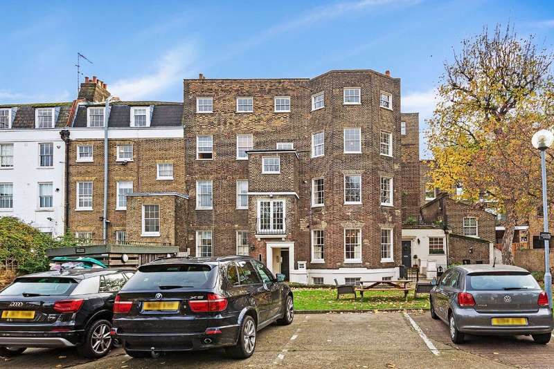 3 Bedroom Flat For Sale In Slievemore Close, Clapham ...