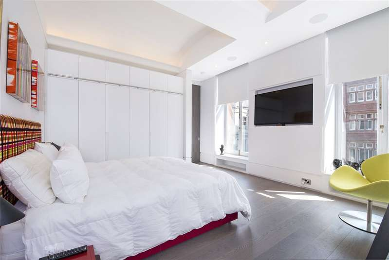 2 Bedroom Flat For Sale In Whitehall, London, SW1A