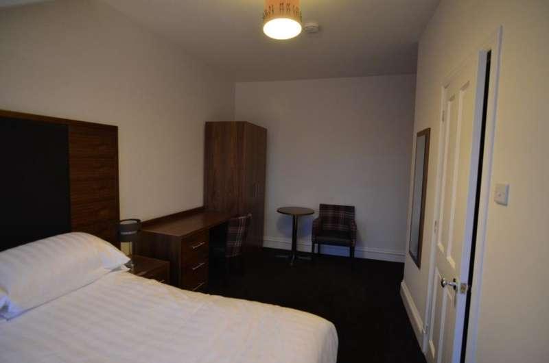 5 Bedroom Flat To Rent In Rosemount Place Aberdeen Ab25
