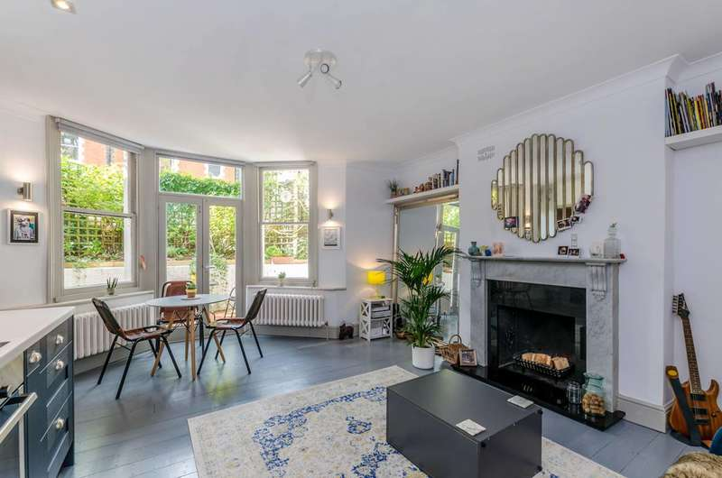 1 Bedroom Flat For Sale In Tanza Road, London, NW3