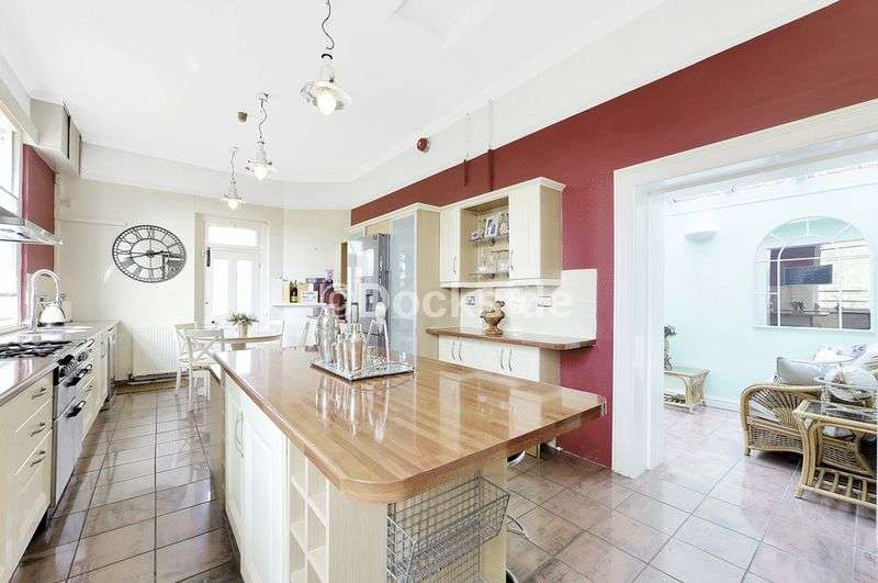 5 bedroom home for sale in the historic dockyard chatham me4