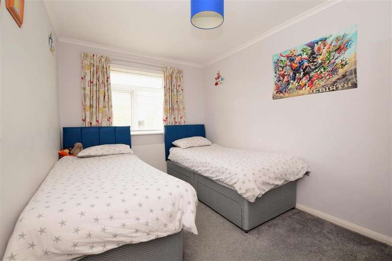 2 Bedroom Flat For Sale In London Road, Patcham, Brighton ...