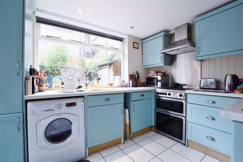 2 Bedroom Flat For Sale In Fordingley Road, London, W9
