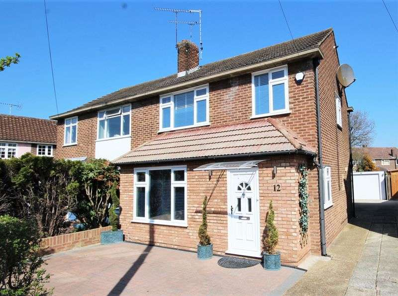 Houses For Sale To Rent In Cm15 8sd Chelmsford Road Shenfield Brentwood