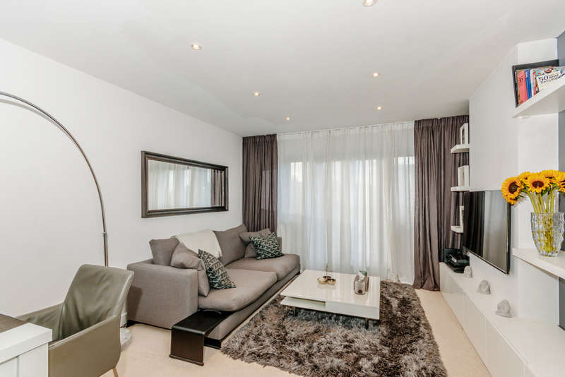 2 Bedroom Flat For Sale In London Road, Mitcham, CR4