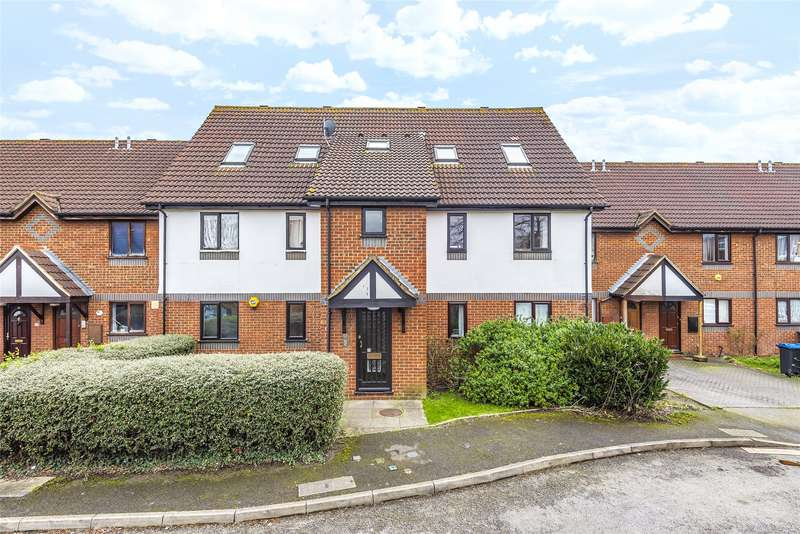 2 Bedroom Flat For Sale In Stirling Close, London, SW16